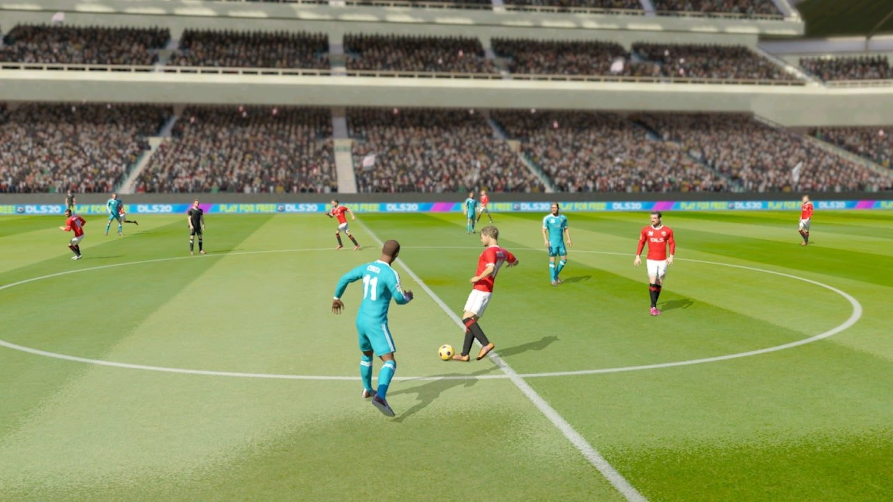 Dream League Soccer 2020 gameplay
